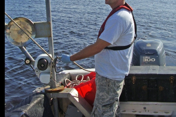 Obtaining Sediment Sample (FILEminimizer).JPG